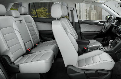 2019 VW Tiguan side view of front and back seats