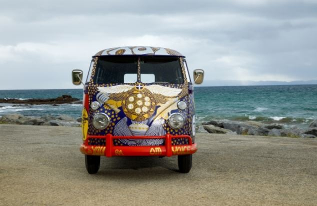 front view of vw light bus
