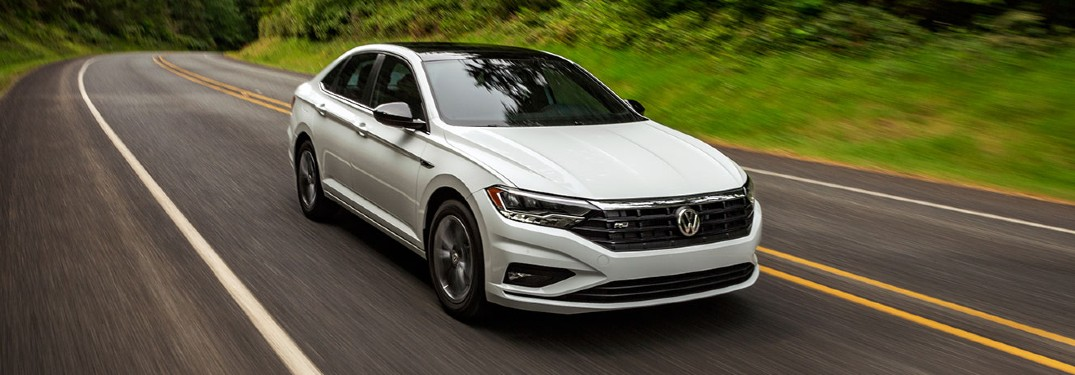What colors are offered on the 2020 Volkswagen Jetta?