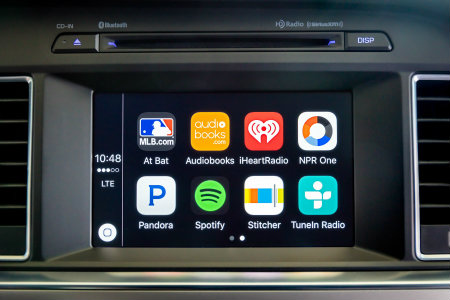 How to use Hyundai Apple CarPlay and Android Auto