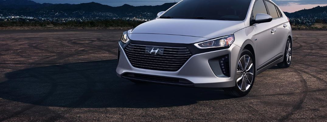 How to switch between Electric and Hybrid drive modes on Hyundai vehicles