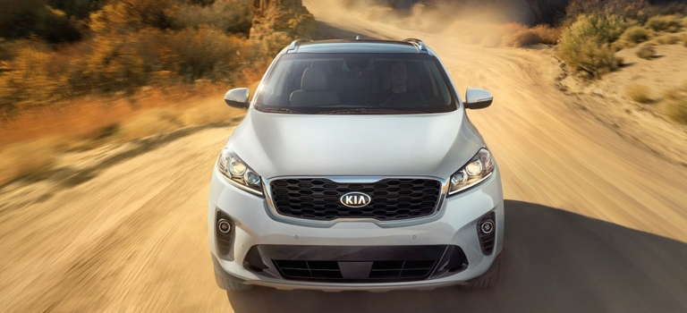Amazing 2019 Kia Sorento White Front View In The Desert With AWD