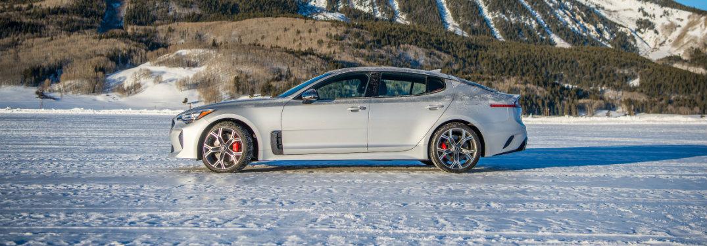 2018 Kia Stinger exterior side in snow