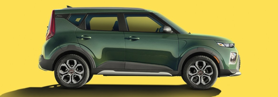 2020 Kia Soul X-Line green side view