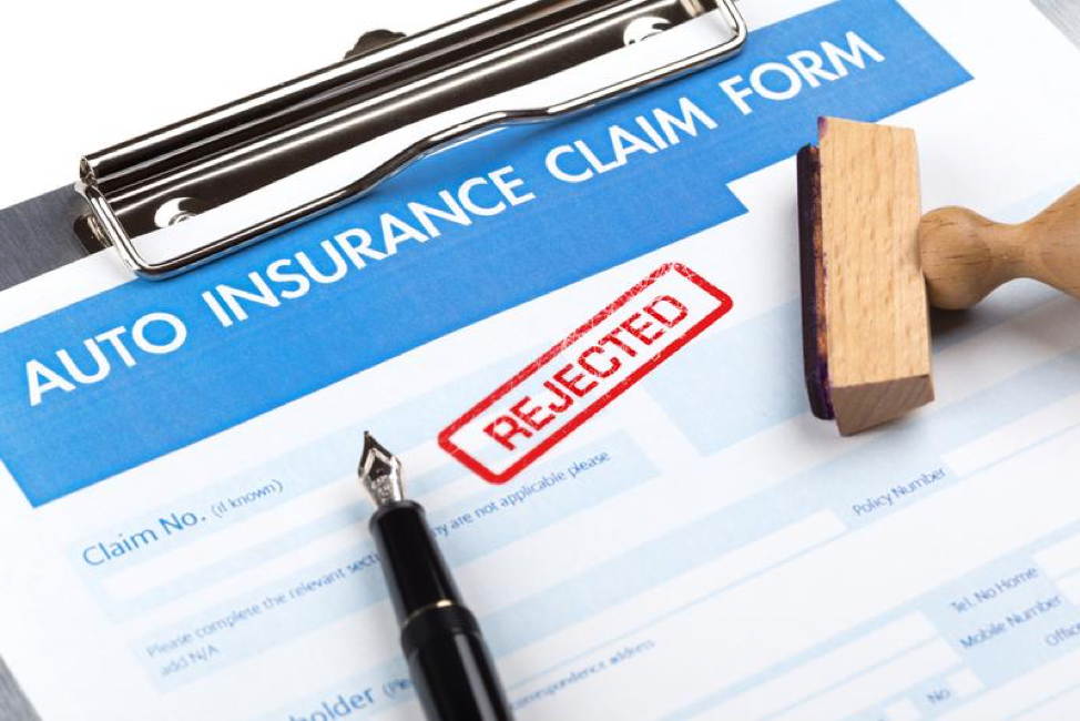 How to Deal with Auto Insurance Claims Adjusters
