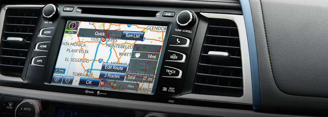 Does Toyota have Apple CarPlay?