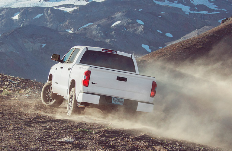 2017 Toyota Tundra available engine options and performance specs