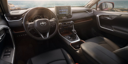 Steering wheel and 8-inch touchscreen of 2019 Toyota RAV4