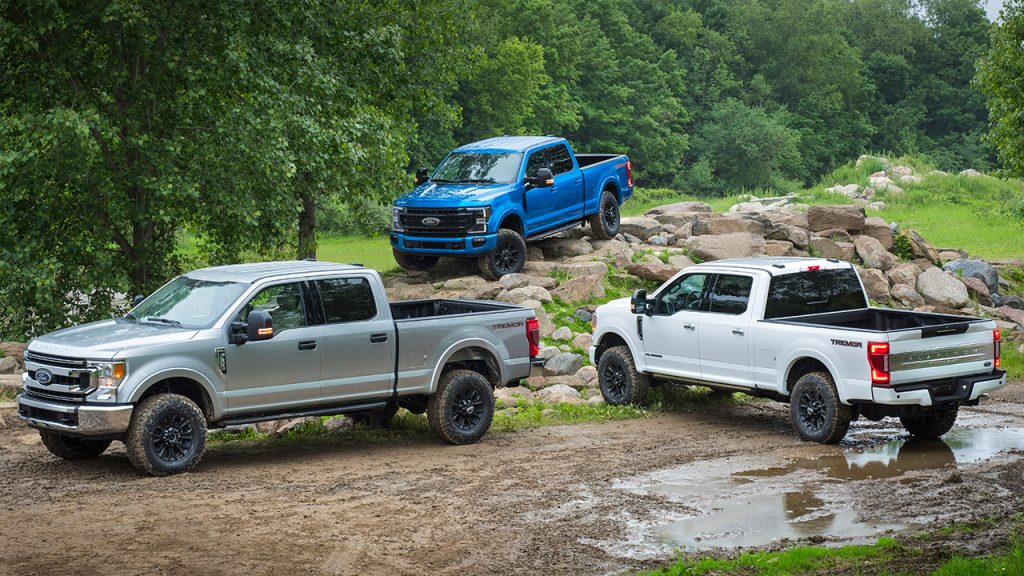 WINDSOR-BUILT 7.3L V8 DRIVES BEST-IN-CLASS GAS POWER AND TORQUE FOR HEAVY-DUTY PICKUPS