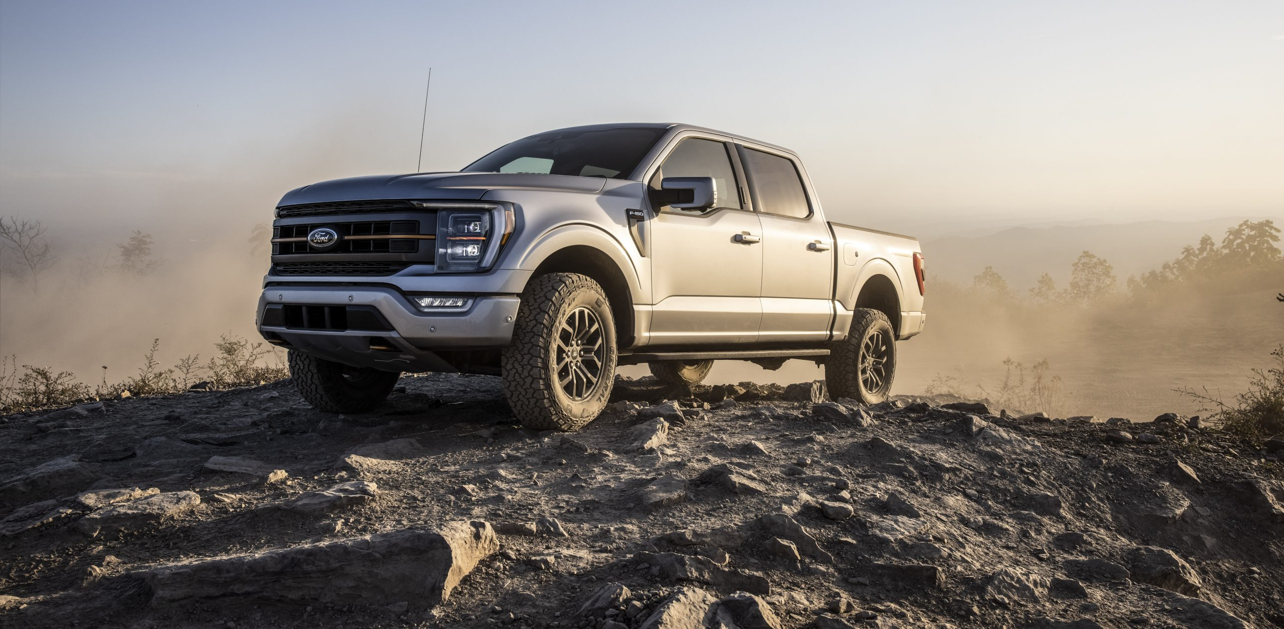 FORD EXPANDS OFF-ROAD FAMILY OF TRUCKS WITH ALL-NEW 2021 F-150 TREMOR – A RUGGED 4X4 FOR WORK AND RECREATION