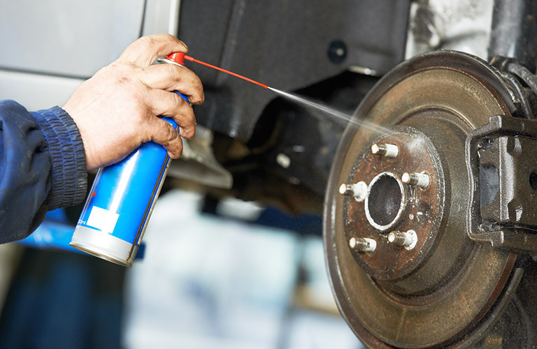 Greasing the brake pads of your vehicle