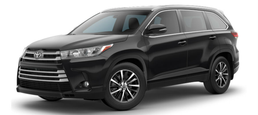 Exterior view of a black 2019 Toyota Highlander XLE