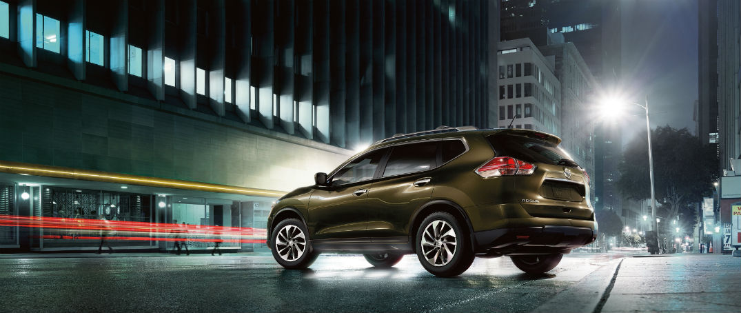 What is the 2016 Nissan Rogue's safety rating?