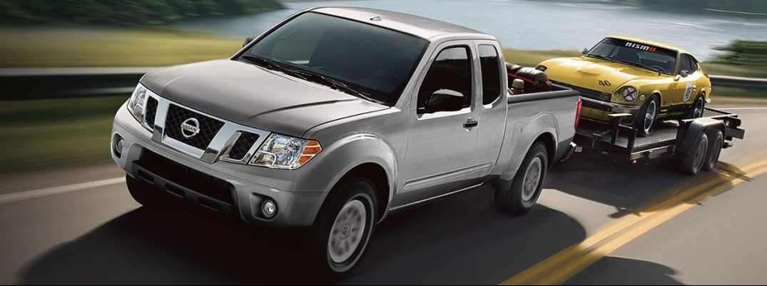 What is the towing capacity for the 2017 Nissan Frontier?