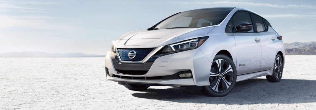 full view of the 2018 Nissan LEAF