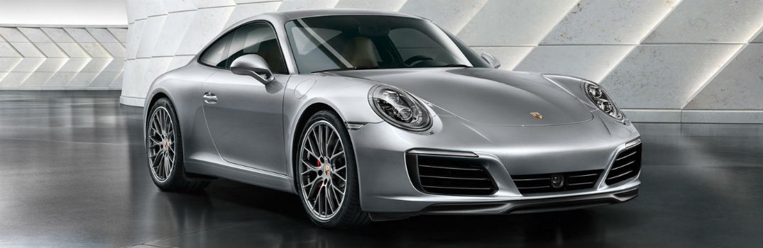 2020 Porsche 911 interior features