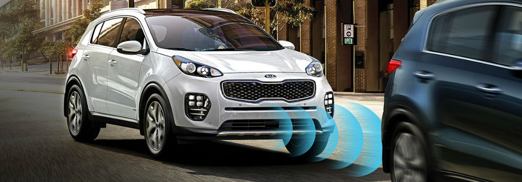 2019 Kia Sportage Autonomous Emergency Braking system in action