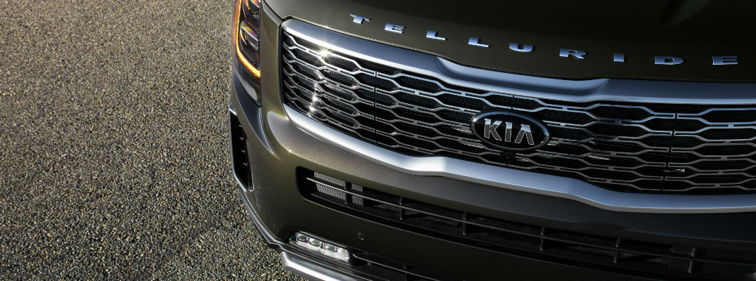 A front-end photo of the 2020 Kia Telluride.