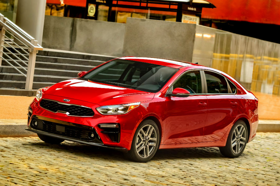 A front left quarter photo of the Kia Forte.