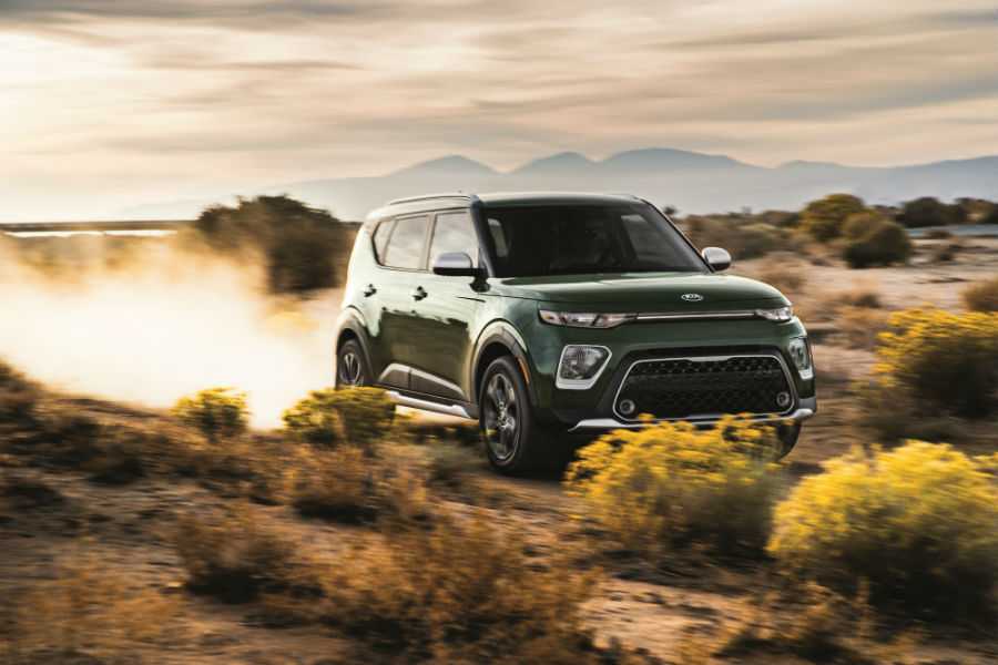 A right front quarter photo of the 2020 Kia Soul going through the desert.