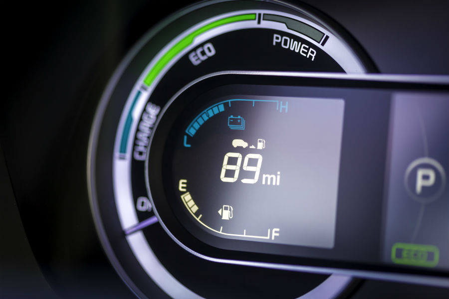 A photo of the digital gauges used in the 2019 Kia Niro.