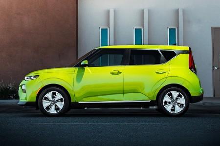 2021 Kia Soul EV exterior driver side profile