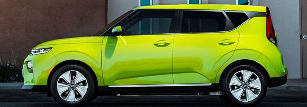 2021 Kia Soul EV boldly steps out with flashy looks and stylish interior