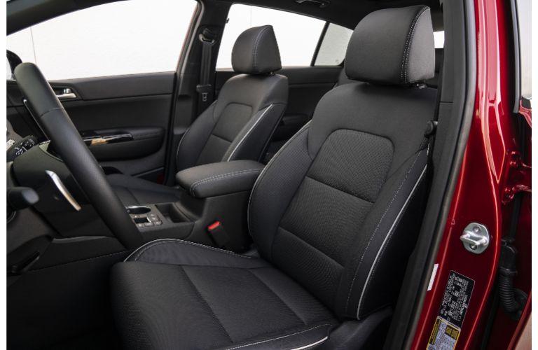 2021 Kia Sportage interior front cabin seats steering wheel