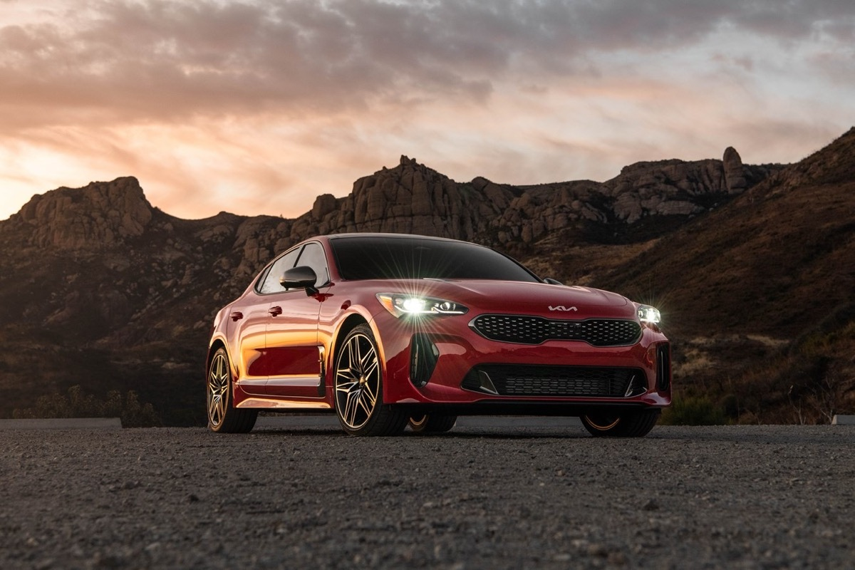 Kia Updates The 2022 Stinger