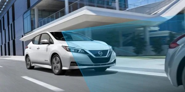 Nissan Leaf with Nissan Intelligent Mobility