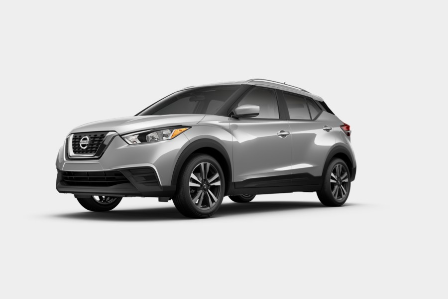 2019 Nissan Kicks Brilliant Silver Metallic
