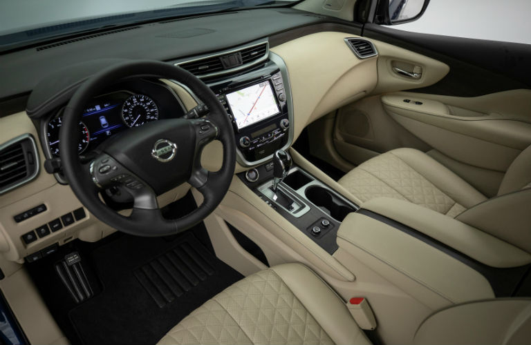2019 Nissan Murano with top-down view of front interior