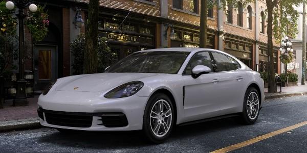 2020 Porsche Panamera in Chalk