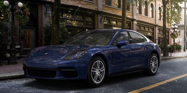 2020 Porsche Panamera in Gentian Blue Metallic