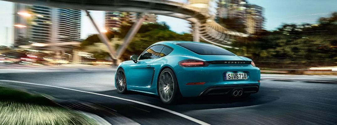 What Kind of Style Options Does the 2020 Porsche 718 Cayman Offer?