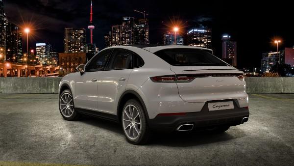 2020 Porsche Cayenne Coupe in Chalk