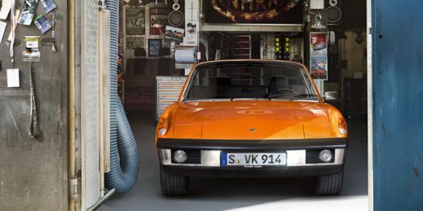 Orange classic Porsche 914