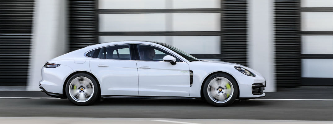 Porsche Reveals Revamped Porsche Panamera