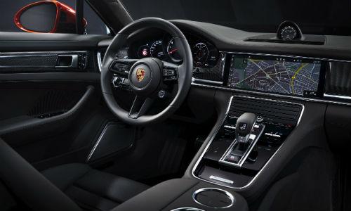 Interior view of 2021 Porsche Panamera