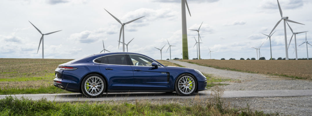 How Fast is the Hybrid 2021 Porsche Panamera Model?