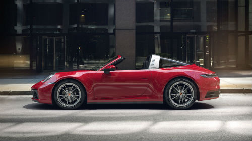 2021 Porsche 911 Targa 4 in Carmine Red