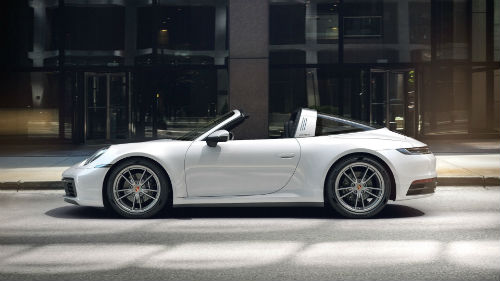 2021 Porsche 911 Targa 4 in Carrara White Metallic