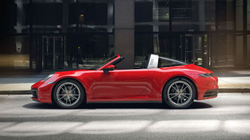 2021 Porsche 911 Targa 4 in Guards Red