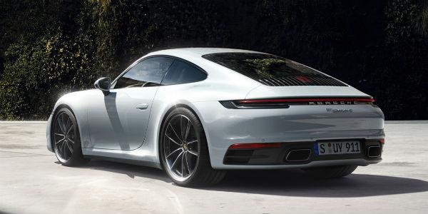 White Porsche 911 Carrera model