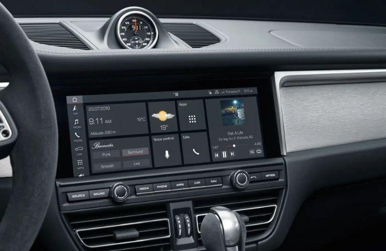 2021 Porsche Macan Infotainment System