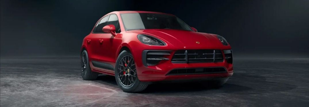 What are the technologies and features in the 2021 Porsche Macan?