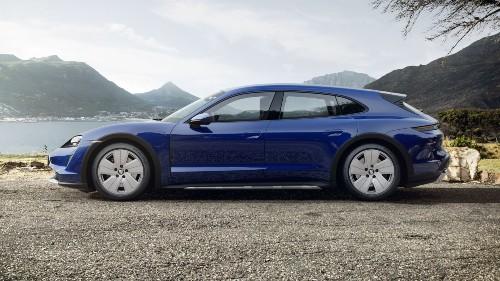 2021 Porsche Taycan Cross Turismo in Gentian Blue