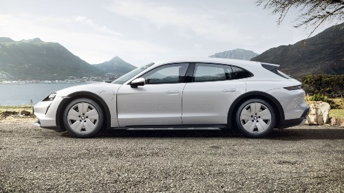 2021 Porsche Taycan Cross Turismo in Ice Grey Metallic