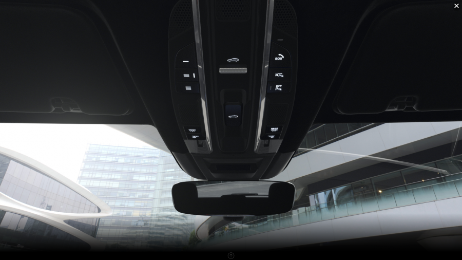 2019 Porsche Cayenne front rearview mirror and controls