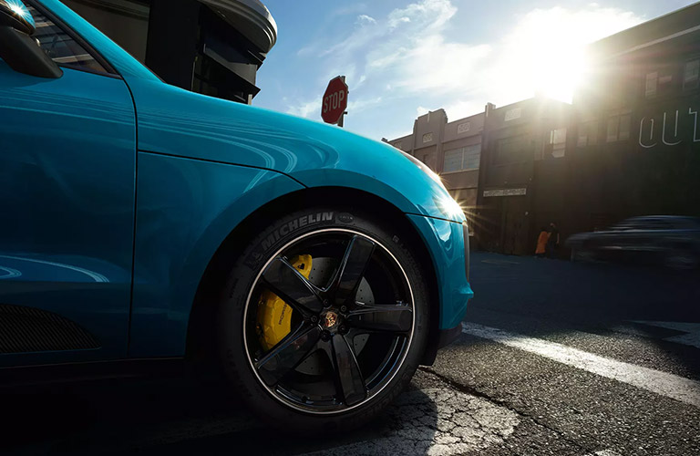 Front passenger bumper of the 2020 Porsche Macan